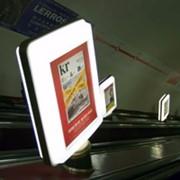 Реклама в метро: Метролайты фото