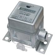Расходомер (предназначенный для измерения расхода топлива и времени работы автомобилей, тракторов - любых мобильных и стационарных машин с дизельным двигателем, котлом или горелкой) фото