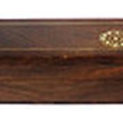 Шкатулка-футляр с латунными вставками фото