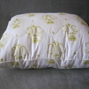 Подушка с бамбуковым наполнителем размером 40*60 см. фото