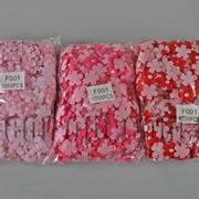Фетровые цветочки с полубусиной на тканевой основе 2,6 см 1000 шт 570568 фото