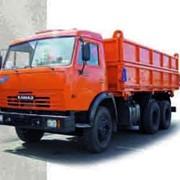 Автопоезд в составе автомобиля-самосвала КАМАЗ-45143 и прицепа-самосвала 8560-02 фото