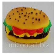 Игрушка для собаки Гамбургер 9x5,5 см. фото