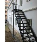 Производство металлических лестниц фото