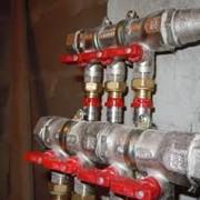 Монтаж и обслуживание внутренних и наружных систем канализации фото