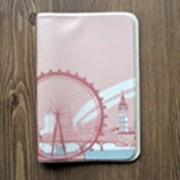Обложка для паспорта 'Merci la vie' - London фото