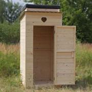 Туалетная кабина деревянная фото