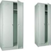 Шкаф металлический двухсекционный фото