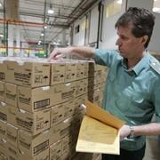 Упаковка и временное хранение грузов на отапливаемом складе. фото