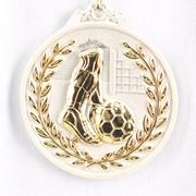 Медаль рельефная Футбол серебро фото