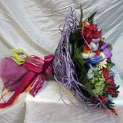 Букеты из живых цветов под заказ фото