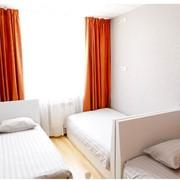 3-х, 4-х, 7-местные номера с односпальными кроватями в хостеле фото