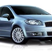 Автомобиль Fiat Linea фото