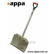 Лопата для снега с алюминиевым держаком фото