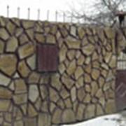 """Камень крупнозернистый """"Бежевый с разводами"""" фото"""
