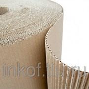 Картон гофрированный двухслойный в рулонах. фото