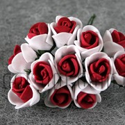 Букет бело-бордовых розочек из латекса 1,5-2 см 175 фото