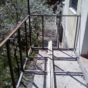 Укрепление, увеличение балконов, ремонт плиты, демонтаж бетона, каркасы, любые расширения. Остекление, утепление, отделка, монтаж крыши... Под ключ! фото