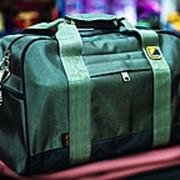 Спортивная дорожная сумка TONGSHENG 45х28х30 см зеленая фото