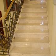 Монтаж лестниц из гранита фото