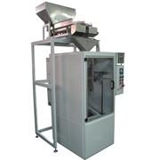 Автомат для фасовки сыпучих не пылящих продуктов с двумя весовыми дозаторами УФС-30А-2В фото