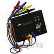 Монитор линии 5 поставляется с комплектом кабелей фото