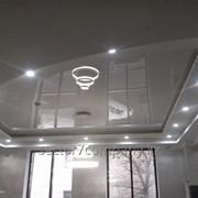 Глянцевые натяжные потолки с установкой в Алматы фото