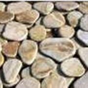 """Песчаник """"Окатанный"""" , толщ.3,0 - 3,5 см. Желто-Коричневый фото"""