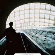 Звуковая реклама на эскалаторах метрополитена фото