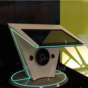 Трибуна с интерактивной панелью из искусственного камня фото