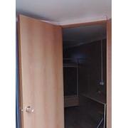 Перегородка, тамбур с дверью и доп электрикой ЛДСП фото