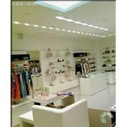 Мебель для брендовых магазинов фото