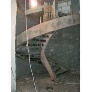Гнутоклееная опалубка для сложных бетонных лестниц фото