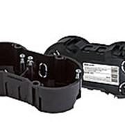 Установочная коробка СП 2-х местная, 141х70х45мм, саморезы, IP20, инд. штрихкод, TDM фото