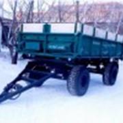 Тракторный прицеп с трёхсторонним свалом кузова фото