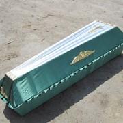 Изготовление и оббивка гробов фото