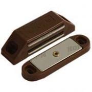 Защелка магнитная НОРА-М №1 62мм коричневая /10/100/ фото