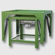 Вибростол формовочный. Оборудования для производства стойтельных материалов. фото