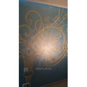 Декоративная штукатурка с трафаретной росписью. фото
