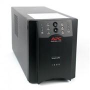 Источник питания UPS SVS V-1000-F Диапозон работы AVR, 165-275В 3 вых. черный фото