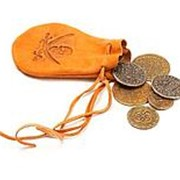 Мешочек со старинными монетами фото