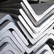 Уголок стальной 100Х100мм ГОСТы 8509-93 сталь 3сп5 09г2с стальной не равнос фото