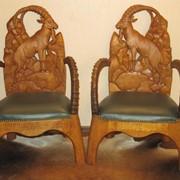 Дизайнерская резная мебель с рогами козерога фото