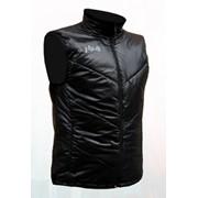 Теплая, очень легкая и удобная жилетка на утеплителе Thinsulate для занятий спортом и повседневного ношения фото