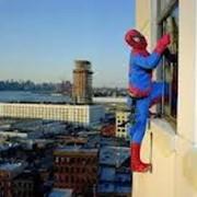 Оригинальное поздравление через окно!!! фото