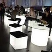 Светящиеся барные стулья фото