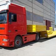 Полуприцеп-комбайновоз двухосный модель 830034 для перевозки зерноуборочных комбайнов и тракторов по автомобильным дорогам общей сети фото