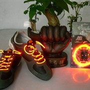 Светящиеся шнурки - оранжевые / LED шнурки фото