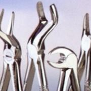 Инструмент медицинский хирургический фото