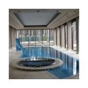 Нанесение покрытий резиновых для бассейна фото